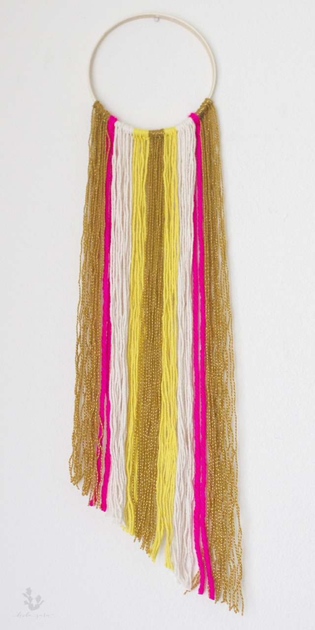 yarn_hanging
